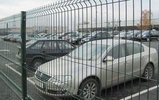 специальное ограждение для автостоянки