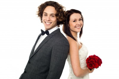 жених и невеста после свадебного агенства