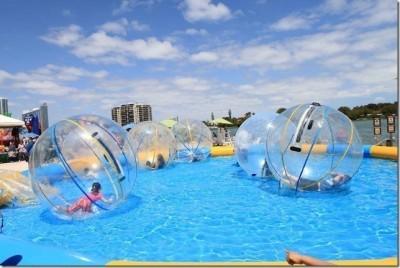 шарики в бассейне